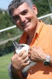 Patrizio Oliva met een konijn royalty-vrije stock afbeelding