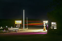 Patrolowa stacja nocą w Marmurowym jarze Fotografia Royalty Free