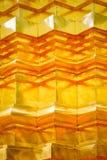 Patroon en textuur van gouden gipspleistertechniek op Thaise pagodeoppervlakte Stock Afbeeldingen