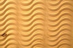 Patroon gesneden golven op houten triplexachtergrond Stock Afbeelding