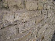 Patroon grijze kleur van moderne stijl Antieke natuurlijk obstructie voert De oppervlakte van de steenmuur met cement Stenen of b Royalty-vrije Stock Foto's