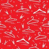Patroon met kleerhangers en wasknijpers Stock Foto's