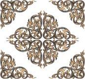 Patroon van bloem op hout voor decoratie wordt op whit wordt geïsoleerd gesneden die Royalty-vrije Stock Afbeeldingen
