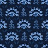 Patroon van de indigo het blauwe elegante Indische bloemeninstallatie Naadloze het herhalen druk stock illustratie