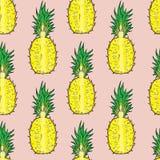 Patroon van gesneden ananas Op een roze achtergrond Royalty-vrije Stock Foto