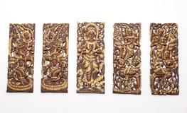 Patroon van gesneden op houten achtergrond stock afbeelding