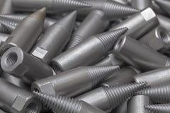 Patroon van staalcnc verwerkte delen De metaalbewerkende industrie close-up Het patroon van de manier Stock Foto's