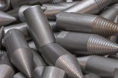 Patroon van staalcnc verwerkte delen De metaalbewerkende industrie close-up Het patroon van de manier Royalty-vrije Stock Fotografie