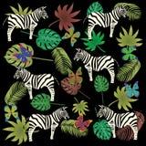 Patroon van vlinder het gestreepte en tropische bladeren Stock Foto's