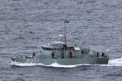 Patrouillenboot VOEA Savea P203 der tongaischen Verteidigungs-Dienstleistungen Abreisesydney harbor stockfotografie