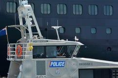 Patrulla marítima de la unidad de la policía de Auckland en puertos de Auckland - nueva Foto de archivo libre de regalías