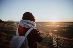 Patrzeć nad krajobrazem w Iceland obrazy stock