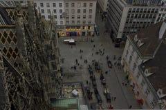 Patrzeć w dół przy Stephansplatz z wierzchu Stephansdom katedry w Wiedeń Zdjęcia Royalty Free