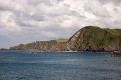 Patrzeć wzdłuż falez w Devon Zdjęcie Royalty Free
