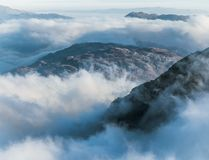 Patrzeć nad chmury od Beinn Ime Obrazy Stock