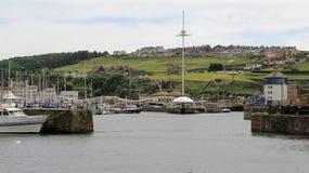 Patrzejący w kierunku Marina, Whitehaven obrazy stock