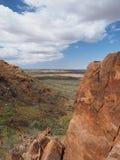 Patrzeje puszek nad odludziem od skłonów góra Gillen Zdjęcia Stock