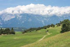 Patsch,在因斯布鲁克南部,奥地利。 库存照片