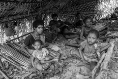 PATTALUNG, THAILAND - BRENG 28, 2015 IN DE WAR: Negrito van Thailand T Stock Foto's