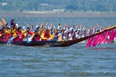 帆船附载的大艇赛跑泰国的pattaya 免版税库存图片
