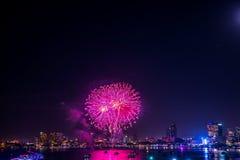 Pattaya internationell fyrverkerifestival Arkivbild