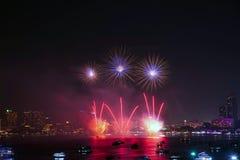 Pattaya internationell fyrverkerifestival Royaltyfri Fotografi