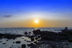 Pattaya solnedgång. Arkivbild