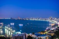 Pattaya stad och hav i skymning Royaltyfria Bilder