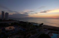 Pattaya stad på solnedgången Royaltyfri Foto