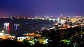 Pattaya-Stadthafen in der Dämmerung Lizenzfreie Stockfotos