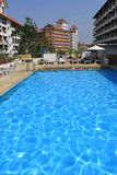 Pattaya, Tailândia - 22 de dezembro: nadar na associação do hotel na Imagem de Stock Royalty Free