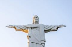 PATTAYA, TAILANDIA - 10 de abril de 2016: Cristo la señal del redentor de Rio de Janeiro, el Brasil en Mini Siam Foto de archivo