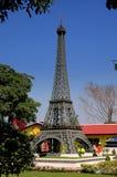 Pattaya, Tajlandia: Wieża Eifla przy Mini Siam Zdjęcia Royalty Free