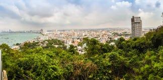 Pattaya, Thaïlande - 21 janvier 2016 : Les nouveaux gratte-ciel Photo stock