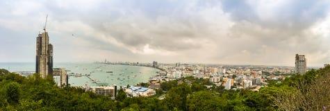 Pattaya, Thaïlande - 21 janvier 2016 : Les nouveaux gratte-ciel Image stock