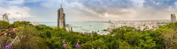 Pattaya, Thaïlande - 21 janvier 2016 : Les nouveaux gratte-ciel Photos stock