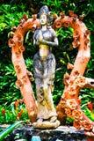 PATTAYA, THAÏLANDE - mars 18,2016 : Coeurs de sculpture d'argile dedans Photos stock