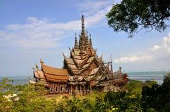 Pattaya, Thaïlande : Sanctuaire de la vérité Photos stock