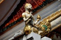 Pattaya Thailand: Aponsi diagram på Wat Chai Mongkhon arkivfoton