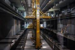 PATTAYA, THAILAND - 20 juli - het Automatische ondergrondse binnenland van autoparkeerterreinen, in Pattaya, Thailand in 20 Juli, Stock Foto's