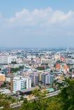pattaya thailand Sikt från överkanten av byggnadscityscapen och skyskrapa i dag arkivfoton