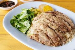 Patte cuite de porc sur le riz Photos libres de droits