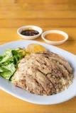 Patte cuite de porc sur le riz Photos stock
