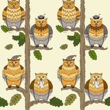 Pattern with owls, oak-trees, leafs  and boughs Royalty Free Stock Photos