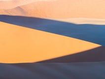 Free Patterns Of Sand On Dune 45 In Namib Desert, Namibia. Royalty Free Stock Photography - 93693427