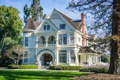 Patterson House wegens het Historische Landbouwbedrijf van Ardenwood stock afbeeldingen