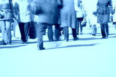 Pattes de marche bleues Photo stock