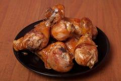 Pattes de poulet frit Préparez-vous en sauce de soja avec des épices photos libres de droits