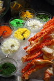 pattes de roi de crabe de buffet image stock