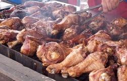 Pattes de Turquie sur le gril Photo stock